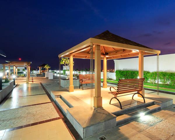 3 BHK ready to move-in apartments in Marine Drive, Kochi | Purva Oceana